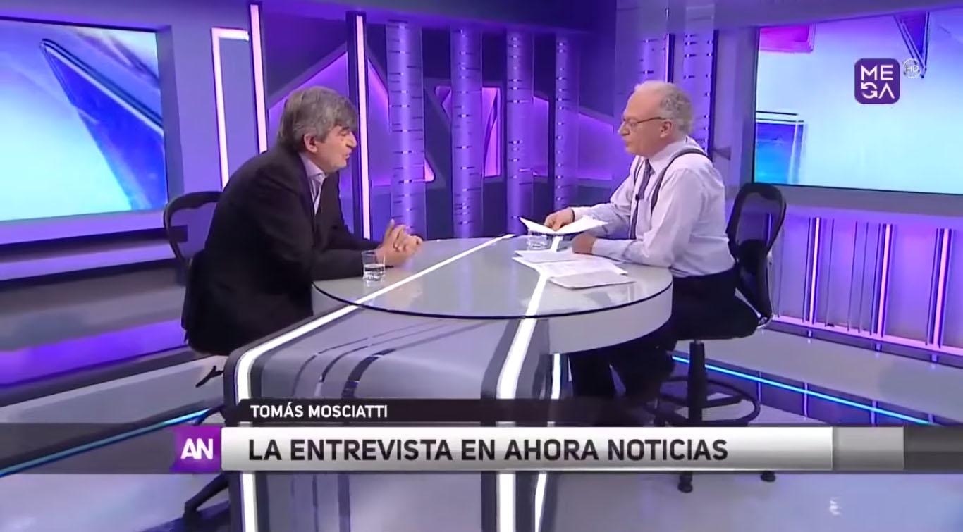 """Tomás Mosciatti a Camilo Escalona: """"¿Ha escuchado de que la Presidenta podría haber dicho que podría renunciar?"""". Revisa un extracto de la entrevista."""