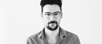 """Arturo Arriagada, editor de """"El mundo en mis manos""""."""