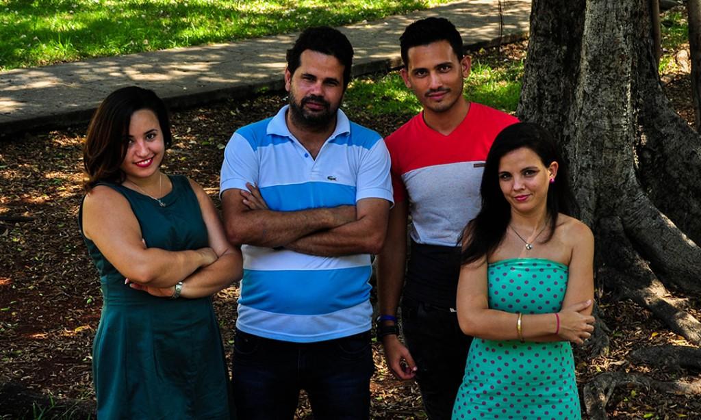 El equipo de Postdata.club: Jessica Dominguez, Yudivián Almeida, Ernesto Guerra y Saimi Reyes.