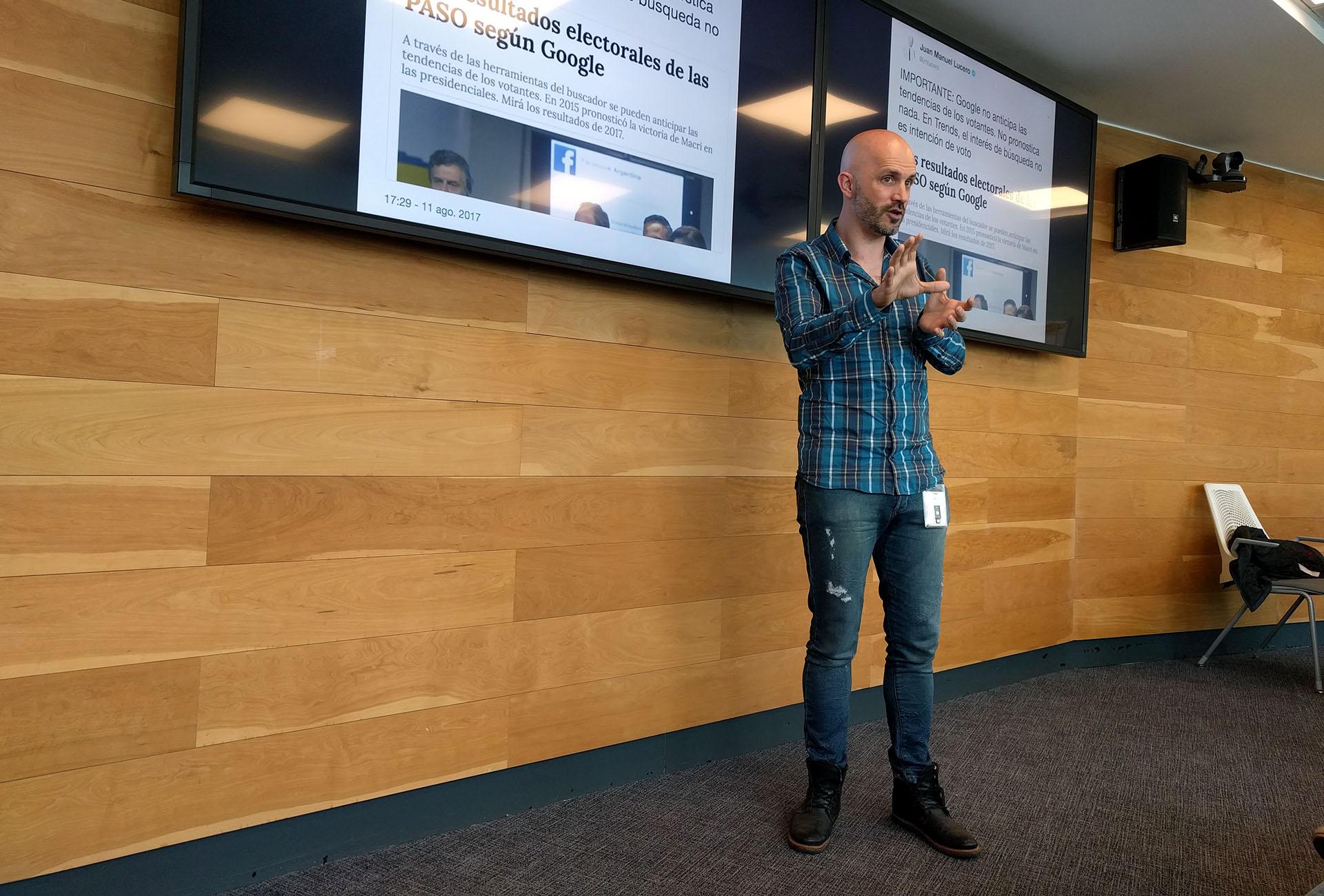 Juan Manuel Lucero durante una de sus charlas en las oficinas de Google en Chile, en agosto de 2017. foto: Patricio Contreras.