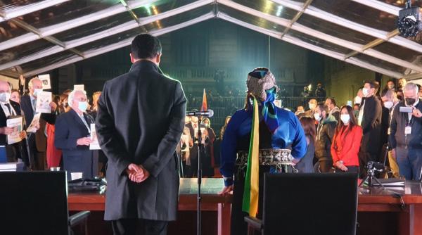 Jaime Bassa, vicepresidente de la Convención Constitucional, y Elisa Loncon, presidenta de la Convención Constitucional. 4 de julio de 2021. (Foto: Cristina Dorador, convencional independiente por el distrito 3).